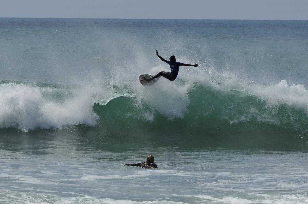 sri lanka arugam bay surf